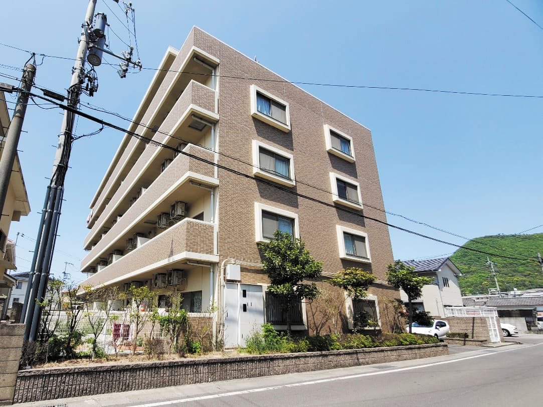 https://course-kagawa.com/wp-content/uploads/2021/03/2021瀬戸内陸運00009.jpg